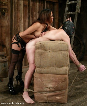 Photo number 7 from Annie Cruz and Gallant Reflex shot for Men In Pain on Kink.com. Featuring Annie Cruz and Gallant Reflex in hardcore BDSM & Fetish porn.