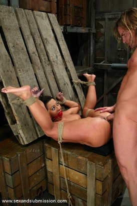 Photo number 10 from Sandra Romain and Evan Stone shot for Sex And Submission on Kink.com. Featuring Evan Stone and Sandra Romain in hardcore BDSM & Fetish porn.