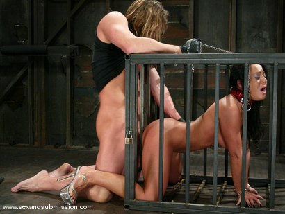 Photo number 4 from Sandra Romain and Evan Stone shot for Sex And Submission on Kink.com. Featuring Evan Stone and Sandra Romain in hardcore BDSM & Fetish porn.