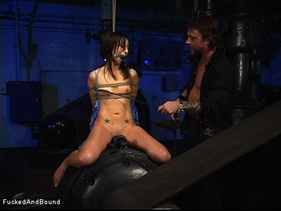 Photo number 2 from Absolute Beginner shot for  on Kink.com. Featuring Jezebel Dahl and Kurt Lockwood in hardcore BDSM & Fetish porn.