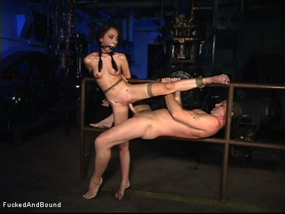 Photo number 5 from A Very Willing Sex Slave shot for  on Kink.com. Featuring Veronica Jett and Otto Bauer in hardcore BDSM & Fetish porn.