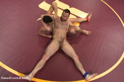 """Photo number 7 from Leon """"The Masticator"""" Fox vs Chris """"Mr Bad-Ass"""" Bines shot for Naked Kombat on Kink.com. Featuring Chris Bines and Leon Fox in hardcore BDSM & Fetish porn."""