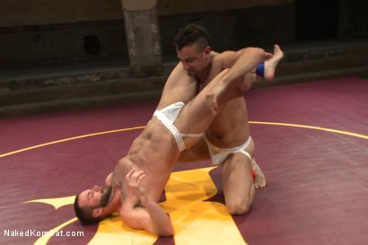 """Photo number 2 from Leon """"The Masticator"""" Fox vs Chris """"Mr Bad-Ass"""" Bines shot for Naked Kombat on Kink.com. Featuring Chris Bines and Leon Fox in hardcore BDSM & Fetish porn."""
