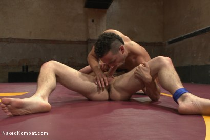 """Photo number 6 from Leon """"The Masticator"""" Fox vs Chris """"Mr Bad-Ass"""" Bines shot for Naked Kombat on Kink.com. Featuring Chris Bines and Leon Fox in hardcore BDSM & Fetish porn."""
