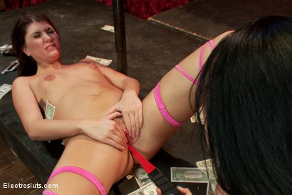 Photo number 6 from Isis Love: The Queen of Cash shot for Electro Sluts on Kink.com. Featuring Isis Love and Cassandra Nix in hardcore BDSM & Fetish porn.