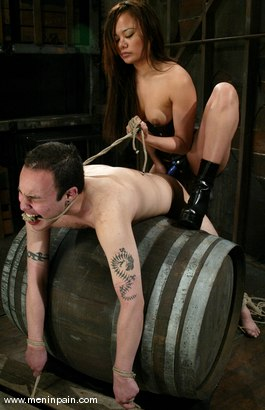 Photo number 14 from Annie Cruz, Sil and Sir C shot for Men In Pain on Kink.com. Featuring Sir C, Annie Cruz and Sil in hardcore BDSM & Fetish porn.
