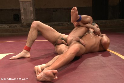 """Photo number 11 from Rich """"The Wrecking-Ball"""" Kelly vs Jacob """"The Bull"""" Durham shot for nakedkombat on Kink.com. Featuring Rich Kelly and Jacob Durham in hardcore BDSM & Fetish porn."""