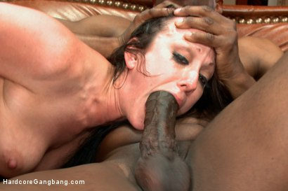 Photo number 4 from Waspy bitch takes 5 huge black cocks shot for Hardcore Gangbang on Kink.com. Featuring D Snoop, Lexington Steele, Jennifer White, John Johnson and Prince Yahshua in hardcore BDSM & Fetish porn.