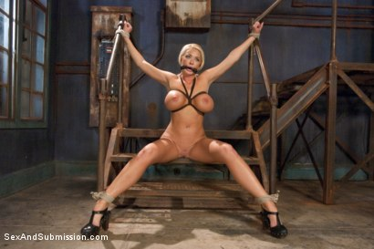 Photo number 7 from The Bombshell Bondage Slut shot for Sex And Submission on Kink.com. Featuring Mr. Pete and Summer Brielle in hardcore BDSM & Fetish porn.