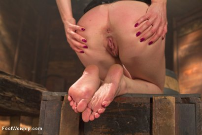 Photo number 11 from Cowgirl Boots, Knee Socks and Sweaty Toes shot for Foot Worship on Kink.com. Featuring Lily LaBeau and Owen Gray in hardcore BDSM & Fetish porn.