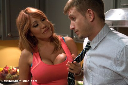 Photo number 1 from The Mad Scientist and his Cheating Wife shot for Sex And Submission on Kink.com. Featuring Ava Devine and Bill Bailey in hardcore BDSM & Fetish porn.