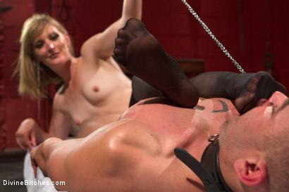 Photo number 14 from ELECTRO FEMDOM: Mona Wales Electrically Teases and Tortures Slave Boy shot for Divine Bitches on Kink.com. Featuring Mona Wales and Brock Avery in hardcore BDSM & Fetish porn.