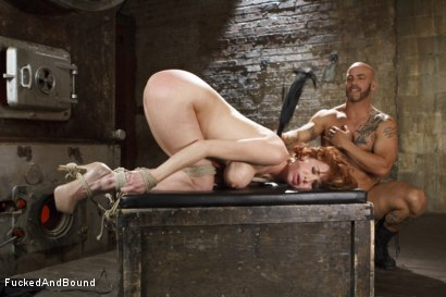 Photo number 10 from MILF Slave shot for  on Kink.com. Featuring Veronica Avluv and Derrick Pierce in hardcore BDSM & Fetish porn.
