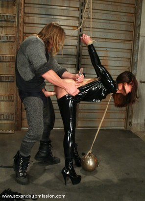 Photo number 4 from Evan Stone and Isis Love shot for Sex And Submission on Kink.com. Featuring Evan Stone and Isis Love in hardcore BDSM & Fetish porn.