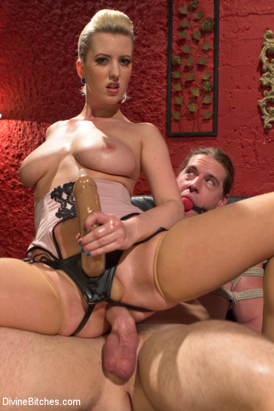 Spanking boys front of others gay kelly 5