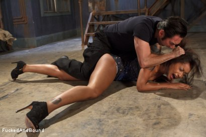 Photo number 15 from Vulgar Display of Power on Ebony Slut shot for Brutal Sessions on Kink.com. Featuring Skin Diamond and Tommy Pistol in hardcore BDSM & Fetish porn.
