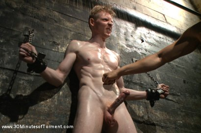 Photo number 5 from Straight Kickboxer gets dunked while shooting his load shot for 30 Minutes of Torment on Kink.com. Featuring Rob Yaeger in hardcore BDSM & Fetish porn.
