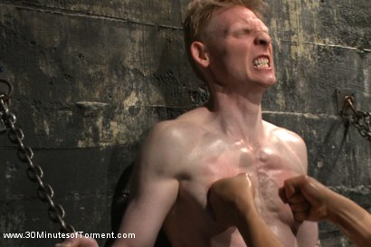 Photo number 3 from Straight Kickboxer gets dunked while shooting his load shot for 30 Minutes of Torment on Kink.com. Featuring Rob Yaeger in hardcore BDSM & Fetish porn.