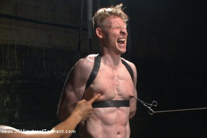 Photo number 9 from Straight Kickboxer gets dunked while shooting his load shot for 30 Minutes of Torment on Kink.com. Featuring Rob Yaeger in hardcore BDSM & Fetish porn.