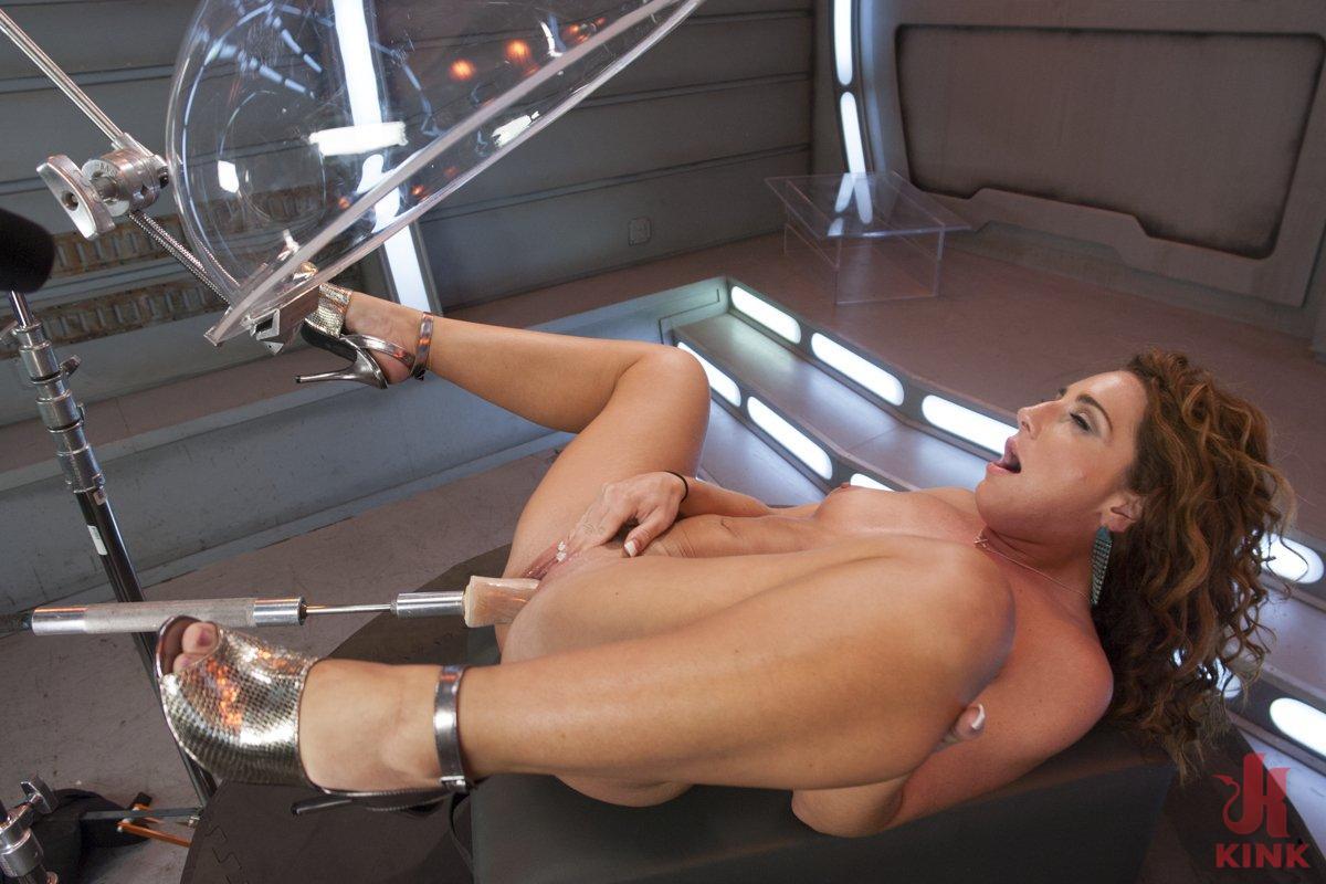 Squirting Sex Machine Porn