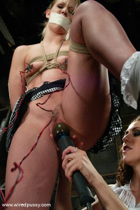 Photo number 7 from Leah Luv shot for Wired Pussy on Kink.com. Featuring Leah Luv in hardcore BDSM & Fetish porn.