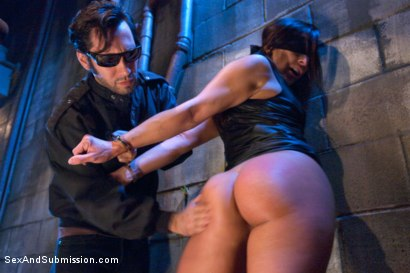Photo number 2 from Gracie Glam's Sexual Submission shot for Sex And Submission on Kink.com. Featuring Tommy Pistol and Gracie Glam in hardcore BDSM & Fetish porn.
