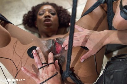 Photo number 20 from Slut Test: The Beautiful Lotus Lain shot for Electro Sluts on Kink.com. Featuring Lea Lexis and Lotus Lain in hardcore BDSM & Fetish porn.