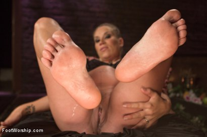 Photo number 18 from Luscious Fertility Goddess Foot Worship shot for Foot Worship on Kink.com. Featuring Christian Wilde and Bella Wilde in hardcore BDSM & Fetish porn.