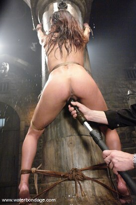 Photo number 11 from Nadia Styles shot for Water Bondage on Kink.com. Featuring Nadia Styles in hardcore BDSM & Fetish porn.