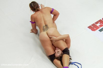 Photo number 5 from Pro Domme, Lea Lexis takes on Legit Wrestler, Jayogen Summer Vengeance shot for Ultimate Surrender on Kink.com. Featuring Lea Lexis and Jayogen in hardcore BDSM & Fetish porn.