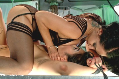 Photo number 17 from Deep Electro Examination shot for Electro Sluts on Kink.com. Featuring Isis Love and Mia Little in hardcore BDSM & Fetish porn.