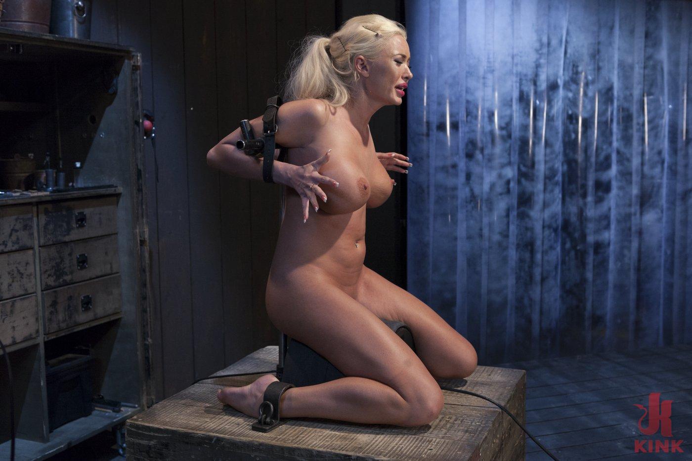 Photo number 5 from Summer Brielle - Broken Porn Star shot for Device Bondage on Kink.com. Featuring Summer Brielle in hardcore BDSM & Fetish porn.