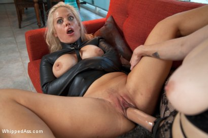 Photo number 7 from Friends Forever shot for Whipped Ass on Kink.com. Featuring Holly Heart and Bella Rossi in hardcore BDSM & Fetish porn.