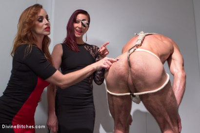 Photo number 4 from Chastity Cock Suck shot for Divine Bitches on Kink.com. Featuring Bella Rossi and Jason Miller in hardcore BDSM & Fetish porn.