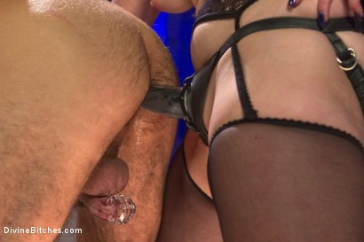 Photo number 8 from Chastity Cock Suck shot for Divine Bitches on Kink.com. Featuring Bella Rossi and Jason Miller in hardcore BDSM & Fetish porn.