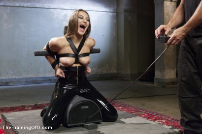 Photo number 5 from The Objectification of Dani Daniels shot for The Training Of O on Kink.com. Featuring Dani Daniels and Tommy Pistol in hardcore BDSM & Fetish porn.