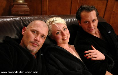 Photo number 15 from Mark Davis, Joey Ray and Lorelei Lee shot for Sex And Submission on Kink.com. Featuring Mark Davis, Joey Ray and Lorelei Lee in hardcore BDSM & Fetish porn.