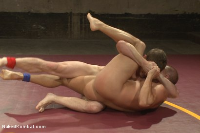 Photo number 4 from Last Semi Final Match of the Summer Smackdown Tournament!!! shot for Naked Kombat on Kink.com. Featuring Eli Hunter and Doug Acre in hardcore BDSM & Fetish porn.