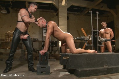 Photo number 4 from Muscle Bondage - Live Show shot for Bound Gods on Kink.com. Featuring Dirk Caber, Jessie Colter and Trenton Ducati in hardcore BDSM & Fetish porn.