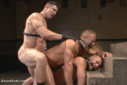 Photo number 12 from Muscle Bondage - Live Show shot for Bound Gods on Kink.com. Featuring Dirk Caber, Jessie Colter and Trenton Ducati in hardcore BDSM & Fetish porn.