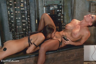 Photo number 4 from 19-Year Old Newbie Gets Electro Hazed shot for Electro Sluts on Kink.com. Featuring Ariel X and Janice Griffith in hardcore BDSM & Fetish porn.