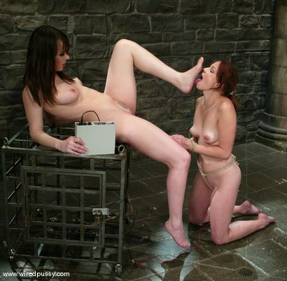 Photo number 7 from Dana DeArmond and Phoebe shot for Wired Pussy on Kink.com. Featuring Dana DeArmond and Phoebe in hardcore BDSM & Fetish porn.