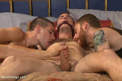 Photo number 4 from First Ever Men on Edge LIVE! - Slumber Party shot for Men On Edge on Kink.com. Featuring Christian Wilde and Dylan Knight in hardcore BDSM & Fetish porn.