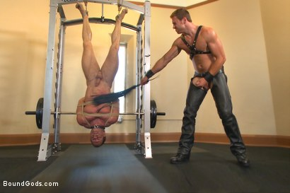 Derek Pain endures the Tormenting BDSM Workout