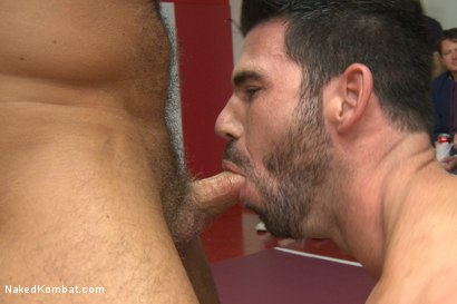 Photo number 10 from Summer Smackdown Live Finale shot for Naked Kombat on Kink.com. Featuring Jessie Colter, Billy Santoro, Doug Acre and Leo Forte in hardcore BDSM & Fetish porn.