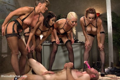 Photo number 9 from Relentless shot for Divine Bitches on Kink.com. Featuring Lea Lexis, Jonah Marx, Bella Rossi, Ariel X and Lorelei Lee in hardcore BDSM & Fetish porn.