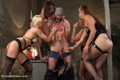 Photo number 15 from Relentless shot for Divine Bitches on Kink.com. Featuring Lea Lexis, Jonah Marx, Bella Rossi, Ariel X and Lorelei Lee in hardcore BDSM & Fetish porn.