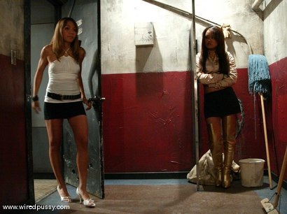 Photo number 2 from Kat, Annie Cruz and Keeani Lei shot for Wired Pussy on Kink.com. Featuring Keeani Lei, Kat and Annie Cruz in hardcore BDSM & Fetish porn.