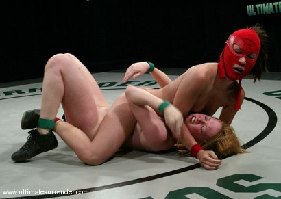 Photo number 10 from The Ninja (18-2)<br>The Grappler (3-2) shot for Ultimate Surrender on Kink.com. Featuring Crimson Ninja and Dee Williams in hardcore BDSM & Fetish porn.