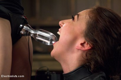 Photo number 13 from 19-Year-Old Loves ANAL Electricity! shot for Electro Sluts on Kink.com. Featuring Aiden Starr and Mandy Muse in hardcore BDSM & Fetish porn.